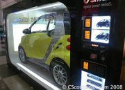 Japan gets Smart car vending machine - photo 2
