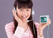 Tomy unveils Hi-Kara portable karaoke box - photo 1