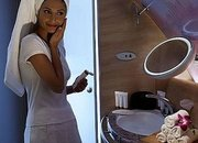 Emirates introduces shower spas for high flyers - photo 1