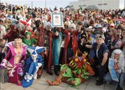 Gamers dress up to break world record - photo 2