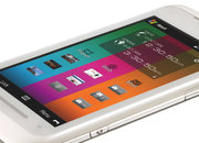 Five things to know about the Toshiba TG01 mobile phone - photo 1