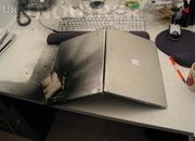 Apple PowerBook explodes - photo 3