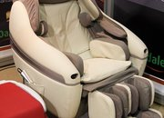Inada Sogno massage chair promises to work those pains - photo 4