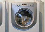 Hotpoint brings steam to 2009 Aqualtis range - photo 2