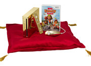 Queen gets gold-plated Nintendo Wii - photo 4