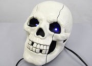 Novelty skull-shaped phone launches  - photo 3