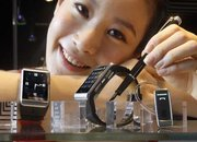 Samsung takes on LG with S9110 watch phone - photo 4