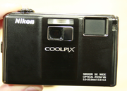 Nikon COOLPIX S1000pj projector camera - photo 3