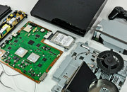 PS3 Slim gets torn apart, insides displayed - photo 1
