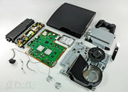 PS3 Slim gets torn apart, insides displayed - photo 2