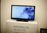 "LG intros ""Borderless"" LED TVs - photo 2"