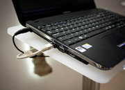 Samsung's slim X520 laptop - photo 5
