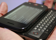 Motorola's DEXT Android handset - photo 2