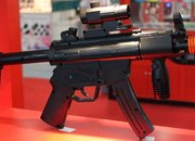 Wii gets custom-made Heckler and Koch MP5 controller  - photo 1