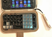 iPhone clone gets keyboard in case - photo 2