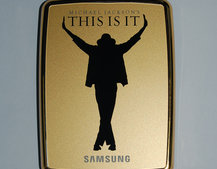 "Samsung pre-loads an HDD with Michael Jackson's ""This Is It"""
