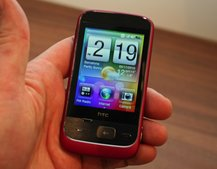 HTC Smart in pink hands-on