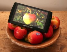 Archos 7 Home Tablet comes home