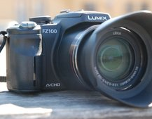 Panasonic refocuses top end hybrid with FZ100 camera