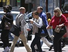 Millions at risk from texting while walking