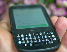 Palm Pixi Plus: Bargain O2 PAYG option