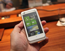 HTC Radar opts for middle ground in battle for Windows Phone 7