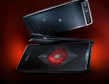 Motorola Droid RAZR breaks cover