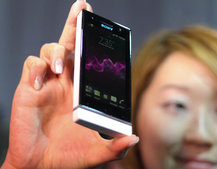 Sony Xperia U pictures and hands-on