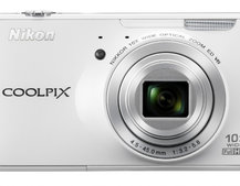 Nikon Coolpix S800c: The Android and Wi-Fi compact camera