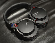 Sony MDR-1R over-ear headphones range pictures and hands-on