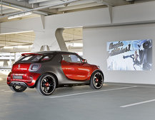 Smart Forstars concept car unveiled, the urban vehicle with built-in home cinema projector
