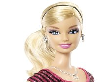 Barbie Photo Fashion Doll has hidden camera and LCD T-shirt display
