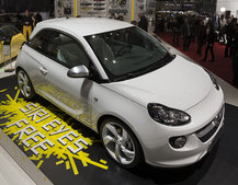 Vauxhall Adam Siri edition, the first Apple iCar?