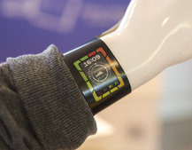 Plastic Logic shows off colour e-paper display smart watch concept: the future of wearable tech?