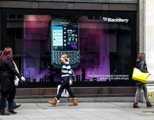 BlackBerry Q10 grabs Selfridges tech sales record