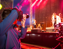 In at the deep end: Pocket-lint takes on festival gig photography