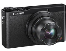 Fujifilm XQ1 unveiled, the 'mini X20' compact camera that's gunning for Canon S120 space