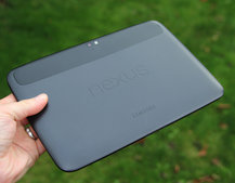 Google Play shows 16GB Nexus 10 as out of stock, let next-gen speculation fly