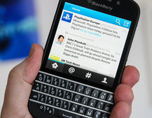 Twitter app for BlackBerry 10 updated, adds BBM integration and timeline photos