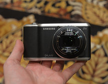 Samsung Galaxy Camera 2 pictures and hands-on