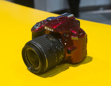 Hands-on: Nikon D3300 goes streamlined, opts for collapsible kit lens