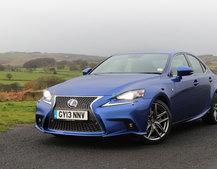 Lexus IS 300h F Sport Auto review