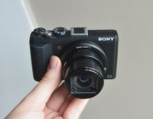 Sony Cyber-shot HX60V pictures and hands-on