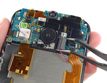 HTC One (M8) teardown reveals how hard the aluminium handset will be to repair