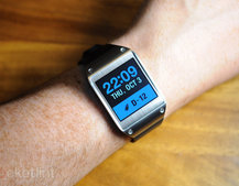 Samsung Galaxy Gear smartwatch gets updated to Tizen OS