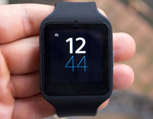 Sony SmartWatch 3 review: Brains over beauty