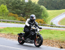 Harley-Davidson LiveWire: Electric modernised-classic with fighter jet sound