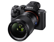 Sony takes CSC to the next level with the a7R II: Back-illuminated full-frame sensor and 4K video
