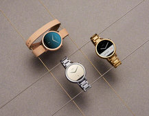 New Moto 360 comes in two sizes and a sport version, but the 'flat tyre' screen remains