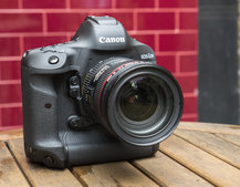 Canon EOS 1D X Mark II hands-on preview: The fast and the furious